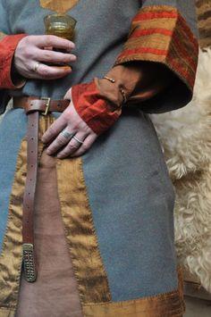 Silk as trim on male tunic/coat