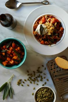 Harissa Turkey Chili with Butternut Squash and Crispy Sage http://www.foodandflight.com/recipe-items/harissa-turkey-chili-with-butternut-squash-and-crispy-sage/