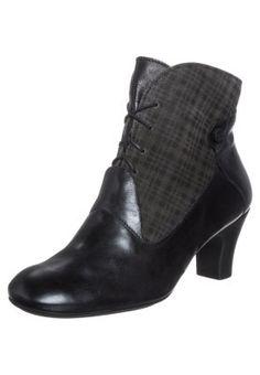 """81405fc2e04c0c Die 78 inspirierendsten Ideen zu """"Tolle Schuhe"""""""