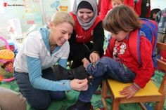 Do you know where that other pair of shoes goes when you buy a pair of your favorite kicks from @TOMS ?   Recently, our CEO Carolyn Miles traveled to Za'atari refugee camp in Jordan to help as our partner TOMS delivered shoes to Syrian children living there.  See how our partner and supporters like you are doing a small act that makes a big difference. Read about Carolyn's experience here: loggingcarolynmiles.savethechildren.org/ #OneforOne #ChildrenofSyria