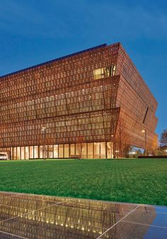 5 Reasons to See the Museum of African American History || The most storied artifacts at the National Museum of African American History and Culture.