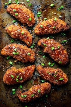 Sticky Garlic Chicken with Broccoli - semi-crispy, sticky-saucy, and loaded with honey garlic flavor. LOVE. 340 calories. | pinchofyum.com #chicken #recipe