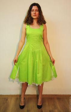 Женские платья apple