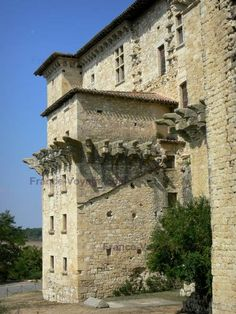 Lavardens:+Château+de+Lavardens - France-Voyage.com