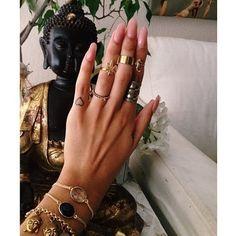 Vanessa hudgens nails / hippie grunce nails