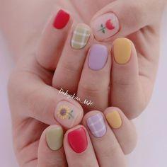 Korean Nail Art, Korean Nails, Soft Nails, Simple Nails, Sunflower Nail Art, Asian Nails, Confetti Nails, Vintage Nails, Cute Nail Art Designs