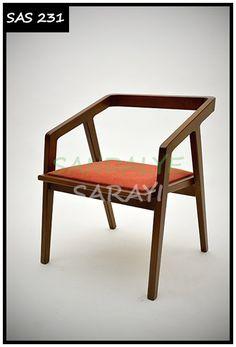 Sandalye Sarayı - sandalyeler