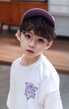 Lil Boy, Cute Little Boys, Cute Baby Boy, Little Babies, Cute Boys, Cute Asian Babies, Korean Babies, Cute Babies, Korean Boys Ulzzang