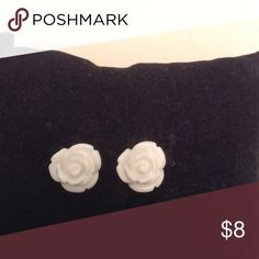 Adorable white rose post earrings NWT Post earrings with a single white Rose. Brand new never used. Lead compliant. Hypoallergenic Jewelry Earrings