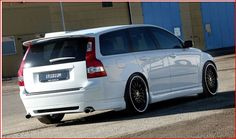Swedespeed Forums - Where are those pics of that white V50 with painted headlights, etc.