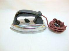 ferro de passar gilda - antigo, anos 60