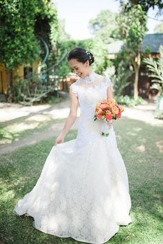 Blooming Beautiful | http://brideandbreakfast.ph/2014/05/19/blooming-beautiful/ | Bride's Dress: Von Lazaro | Photographed by: Nicolai Melicor