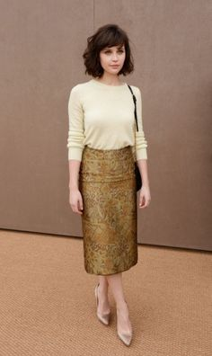 Felicity Jones Street Style Inspiration. But in more in love with her hair cut. Sooo cute.