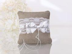 Ring Cushion in Bag Fabric with Bow Tie in # Wedding Accessories for . Ring Cushion in Bag Fabric with Bow Tie in # Wedding Accessories for .- Ringpute i Sekkestoff med Sløyfebånd i