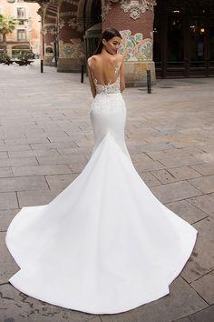 Milla Nova Bridal Wedding Dresses 2017 dina3 / http://www.deerpearlflowers.com/bling-brooch-wedding-bouquets/