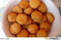 Smažené bramborové polštářky se zelím
