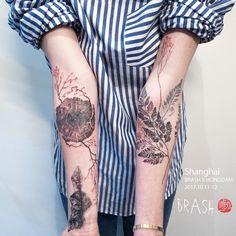 Marked for Life: Tattoos and Gangs - Hongdam Fern Tattoo . - Marked for Life: Tattoos and Gangs – Hongdam Fern Tattoo – - Hand Tattoos, 1 Tattoo, Tattoo Life, Piercing Tattoo, Body Art Tattoos, New Tattoos, Sleeve Tattoos, Tree Ring Tattoo, Wood Tattoo