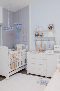quarto-bebe-bruna-hamu (Foto: Divulgação) Baby Room Diy, Baby Bedroom, Baby Boy Rooms, Baby Room Decor, Baby Boy Nurseries, Bedroom Sets, Nursery Room, Kids Bedroom, Baby Room Neutral