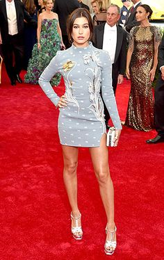 Hailey Baldwin in Top Shop at the 2015 Met Gala