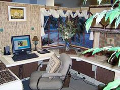 A tropical oasis cubicle... can't think of a better place to spend 8 hours a day! Check out more creative ways to deck out your cubicle: http://blog.neosusa.com/2011/01/add-some-pizzazz-to-your-cubicle/