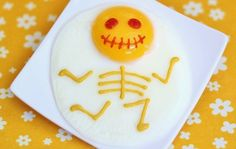 This Halloween breakfast combines the ideas from my skull cheese pop  and fish bone egg . Hope it brings a big smile on your face!        ...