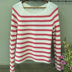 Old Navy Stripe Sweater Cream and pink knit sweater with wide neck. Old Navy Sweaters Crew & Scoop Necks