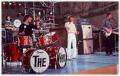 August Keith Moon Takes the Plunge in Asbury Park 70s Music, Music Songs, John Entwistle, Keith Moon, Pete Townshend, Classic Rock And Roll, Roger Daltrey, Old Rock, Asbury Park
