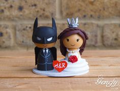Cute wedding cake topper  Batman and bride with crown by GenefyPlayground  https://www.facebook.com/genefyplayground