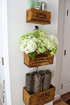 I LOVE the farmhouse chic style of our the new hanging wooden herb boxes in our kitchen! Click through for details on where to buy them for your own home! Diy Regal, Driven By Decor, Painted Wine Bottles, Decorated Bottles, Home Decor Baskets, Farmhouse Chic, Handmade Home Decor, Home Decor Inspiration, Decor Ideas
