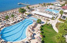 Armonia Holiday Village & Spa heeft een mooie, verzorgde tuin met 3 zwembaden, waarvan 1 met 3 glijbanen, zonneterras en strand met ligbedden. Heerlijk ontspannen kunt u in de Spa met Turks bad. Voor de sportieve vakantieganger biedt het hotel diverse (sport)activiteiten. Het hotel is mooi gelegen in de wijk Akyarlar, direct aan het ca. 250 m lange strand. Het centrum van Turgutreis ligt op ca. 5 km en Bodrum ligt op ca. 25 km en is goed bereikbaar per dolmus. Officiële categorie *****