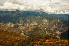 Panorámica de una de las siete maravillas del mundo, el Cañón del Chicamocha.