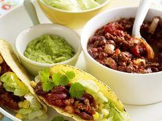 Een variant op de klassieker - Libelle Lekker! Mexican Chili, Quorn, Happy Foods, Sugar Free Recipes, Tortilla Chips, Vegan Vegetarian, Free Food, Healthy Recipes, Tasty Meals