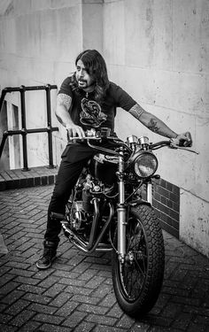Dave Grohl / Tom Rowland Photography
