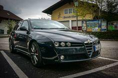 【Alfa Romeo×Auction Data】アルファロメオ159:ジウジアーロ・デザインの156後継モデル、真の市場価格とは Alfa Romeo 159 Sportwagon, Alfa Romeo Brera, Italian Beauty, Cars, Vehicles, Tourism, Autos, Car, Car