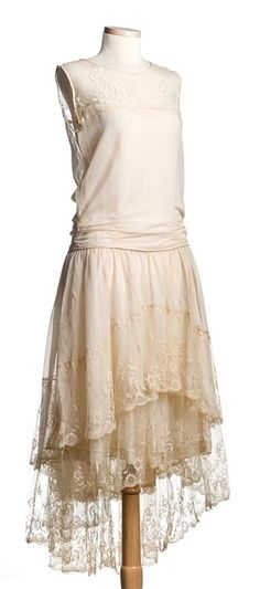 Wedding dress, made by bride's mother   Charleston Museum   1928