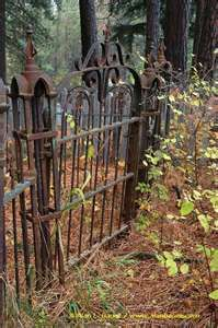 Roslyn cemetary iron gates in Fall Garden Gates And Fencing, Fence Gate, Old Gates, Old Fences, Iron Fences, Wrought Iron Gates, Old Doors, Abandoned, Old Things