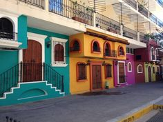 Puerto Vallarta's architecture is as vibrant as its people and culture, visit Hyatt Ziva Puerto Vallarta and discover it for yourself! Best Family Vacations, Secluded Beach, All Inclusive Resorts, Puerto Vallarta, Cancun, Places Ive Been, Vibrant, Culture, Mansions