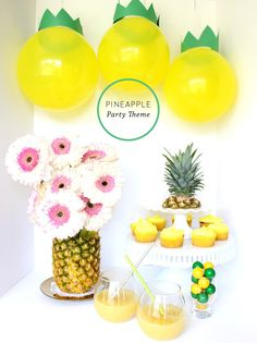 We love the idea of a Pineapple Party from Sugar Love Chic.