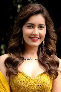 Beautiful Girl Photo, Beautiful Girl Indian, Most Beautiful Indian Actress, Beautiful Gorgeous, Most Beautiful Women, Beautiful People, South Indian Actress Photo, Indian Actress Images, Indian Girls Images