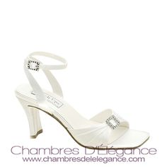 check out  Jodi  on  chambresdelelegance.com - $