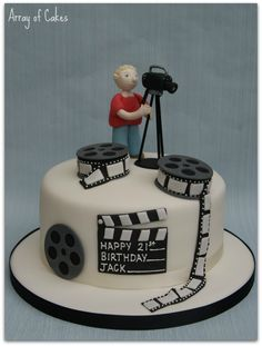 New Birthday Cake For Men Fondant Dads Ideas Birthday Cakes For Men, 8th Birthday Cake, Custom Birthday Cakes, Camera Cakes, Film Cake, 30 Cake, Movie Cakes, Birthday Cake Decorating, Creative Cakes