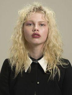 Hair Inspo, Hair Inspiration, Pretty People, Beautiful People, Short Grunge Hair, Editorial Hair, Pretty Face, My Hair, Curly Hair Styles