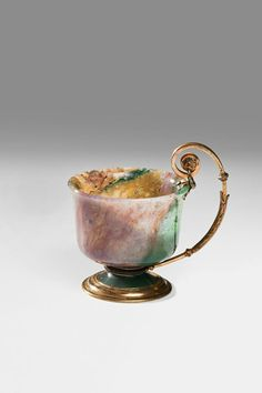 Small Cup - Saint Petersburg. House of C. Fabergé, artist- Mihail Perhin → moss agate, silver, stone carving, gilt.