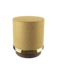 Un tabouret / pouf délicat dans un esprit lounge, à la fois retro avec une esthétique contemporaine chic.