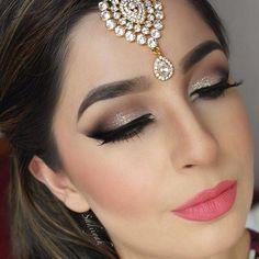 Indian Wedding Makeup, Wedding Makeup Tips, Wedding Makeup Looks, Hair Wedding, Indian Eye Makeup, Indian Makeup Looks, Korean Makeup, Wedding Bride, Wedding Dresses