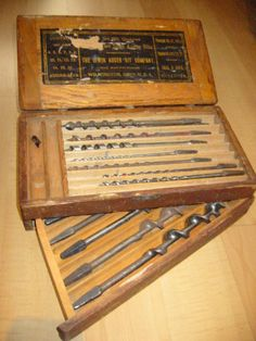 Irwin Auger Bit Carpentry Tool Set Wooden Sectional Case