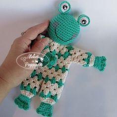 Crochet Lovey Free Pattern, Crochet Frog, Crochet Square Patterns, Crochet Amigurumi, Crochet Animal Patterns, Crochet Baby Hats, Crochet For Kids, Amigurumi Patterns, Crochet Dolls