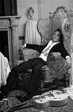Johnny Depp, male actor, musician, guitar, relaxing, relaxed, sexy guy, steaming hot, celeb, famous, portrait, eye candy, intense eyes, photo b/w.
