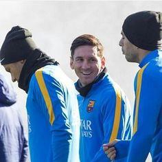Perfect trident ❤ .... . . . #forcabarca  #fcbarça #football #fcbarcelona #FCBWorld #forçaneymar #fcb #barca  #barcelona #neymarzetes #neverendinglove #njr #neymarzete #njr11 #ney #neymar  #MSN #soccer #sócculer #viscaelbarça #neymarjr  #santos #fcsantos #brazil #brasil  #neyney #neymarzetes  #neymar11 #brazukas
