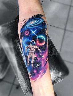 Astronaut Tattoo ideas Tattoos And Body Art artistic sleeve tattoos Astronaut Tattoo, Alien Tattoo, Galaxy Tattoo Sleeve, Space Tattoo Sleeve, Tattoo Sleeve Designs, Leg Tattoos, Black Tattoos, Body Art Tattoos, Fish Tattoos